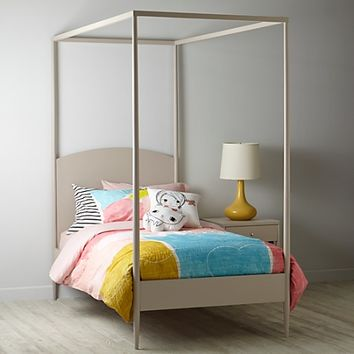 Hampshire Canopy Kids Bed in Beds | The Land of Nod