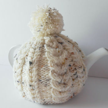 Hand knit tea Cosy. Knitted Tea Cozy. Aran Tea Cozy.  Kitchen Accessory. Home Decor. Tea Pot Warmer. Oatmeal coloured Cosy. Gift for her.