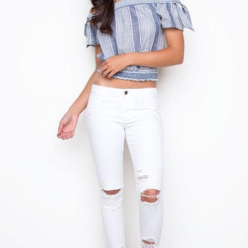 Can't Help It Distressed Jeans - White