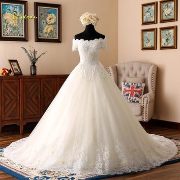 Loverxu Vestido De Noiva Sexy Boat Neck Princess Wedding Dresses 2018 Appliques Beaded Flowers A Line Lace Bridal Gown Plus Size