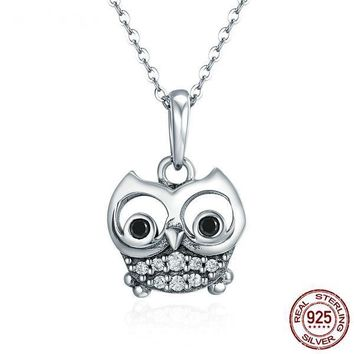 925 Sterling Silver Lovely Owl Dangle Pendants Necklace