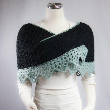 CROCHET: Shoulder Wrap, Black, Cozy and Warm