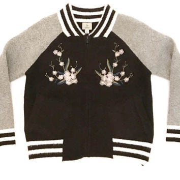 Hot & Delicious Embroidered Sweater Bomber (black)