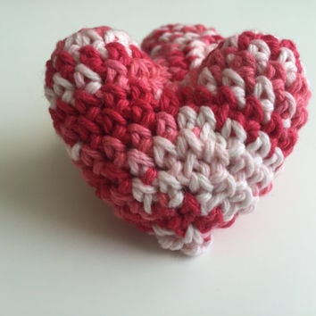 Crochet Stuffed Heart - Set of 2 - Amigurumi - 3D heart - Valentine's Day - Red - Pink - White