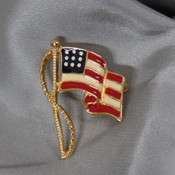 Flag Brooch. USA Flag Brooch. Vintage Brooch. Red White Blue Flag Pin. American Flag Brooch. Patriotic Pin. Jewelry for Women. waalaa