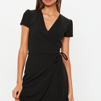 Missguided - Black Short Sleeve Tie Waist Skater Dress