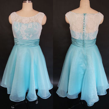 Stock Vintage Hepburn Style Tea Length Party Dresses Bateau Cap Sleeves Mint Green Organza Lace Retro Short Prom Cocktail Dress