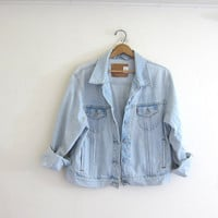 Vintage LEVIS Jean Jacket. Denim Jacket. faded washed out denim jacket