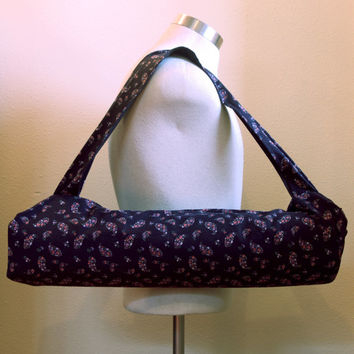 Yoga mat bag - Black Paisley yoga sling - Yoga mat carrier for men and women - Reclaimed Eco friendly cotton material - Zero waste shop