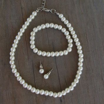 Child's White Pearl Necklace Set, Kid's Pearl Necklace Set, Earrings, Bracelet, Kids Baptism Pearl Necklace Set, White Pearls, Ivory
