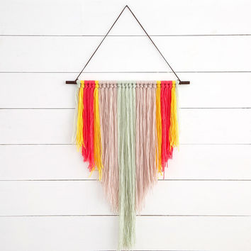 Gypsy Yarn Hanging Coral & Mint