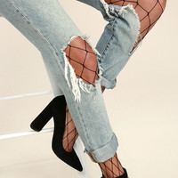 Catch Your Eye Black Fishnet Tights