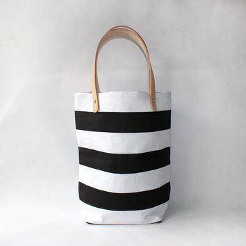 Black and White Stripe CanvasTote with Natural Leather Handle-Buy one,get a gift for free