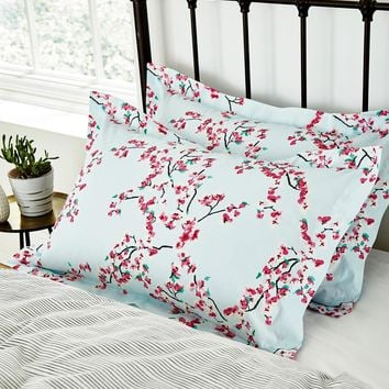 Blossom print Blossom Oxford Pillowcase , Size One Size | Joules UK