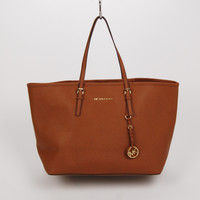 Michael Kors Travel Jet Set Tote