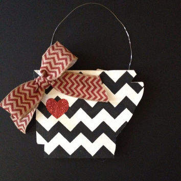 "Cute ""Arkansas Love"" Black & White Chevron Painted Door Hanger"