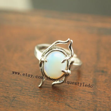 simple antique silver moonstone ring