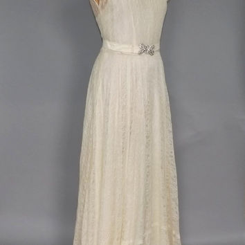 Vintage 1930s Ivory Lace Wedding Gown 30s Lace Dress Medium Bridal Art Deco Bias Cut Long Antique Gown Simple Elegant White Wedding Dress