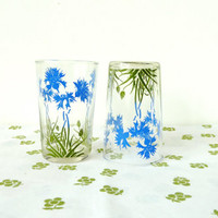 vintage cornflower glass tumblers . set of 4 floral drinking glasses . garden party . baby shower glassware . blue flowers