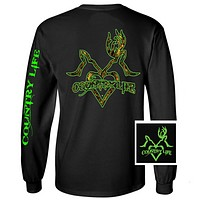 Country Life Outfitters Black & Green Deer Kiss Heart Love Hunt Vintage Long Sleeve Bright T Shirt