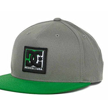 DC Shoes Swish Flat Brim Snapback Hat Cap (Grey/Green)