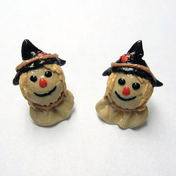 Scarecrow Head Earrings, surgical steel posts, polymer clay jewelry, Halloween earrings