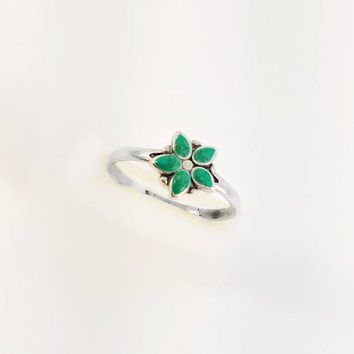 Turquoise Flower Ring - Vintage Flower Ring Size 6.75 - Sterling Turquoise Ring - Floral Ring - Dainty Turquoise Ring