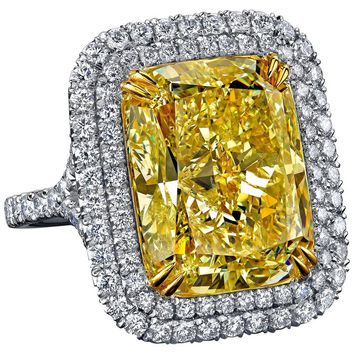 17.49 Carat Radiant Cut Fancy Light Yellow Diamond Gold Platinum Ring