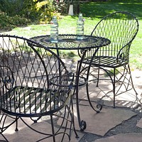 3-Piece Black Metal Patio Furniture Bistro Set with Round Table 2 Armchairs