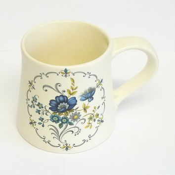 Mug or Coffee Cup, Blue and Off White, Creamware, Purbeck Ceramics, Swanage, Made in England, Ceramic, Stoneware, Croc
