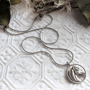 Jane Heart Sterling Silver Quarter Horse In Circle 18 Inch Necklace