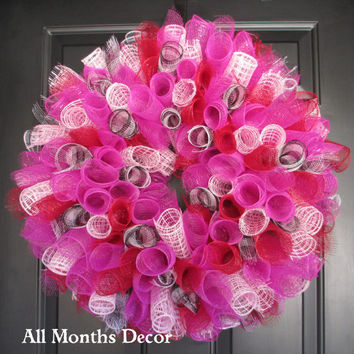 Sale, Spiral Deco Mesh Wreath, Pink, Red, Black/White Gingham Wreath, Spring Easter, Party, Door Porch Decor