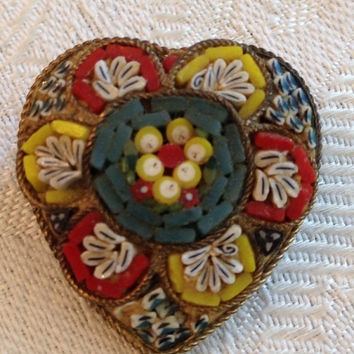 Vintage Jewelry Pin / Micro Mosaic Pin / Heart Pin / Victorian Brooch / Italian Tesserae Tiles / Antique Jewelry / Antique Mosaic Brooch