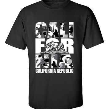 California Camoflag White California Republic Camoflag Cali Bear T-Shirt