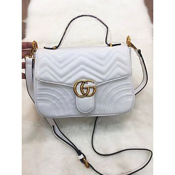 GUCCI women's stylish trendy shoulder bag F