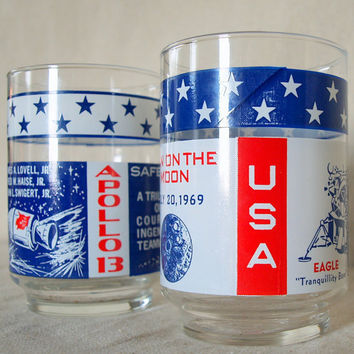 VINTAGE USA MOON Glasses 1969 Space Age Lunar Mission Astronaut Drinking Glass Set Red White and Blue Stars and Stripes Vintage Barware