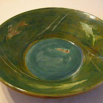 Mary E Signed Green Ceramic Bowl Center Blue Decorated Carving Fishes