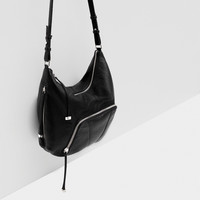 METALLIC DETAIL BUCKET BAG