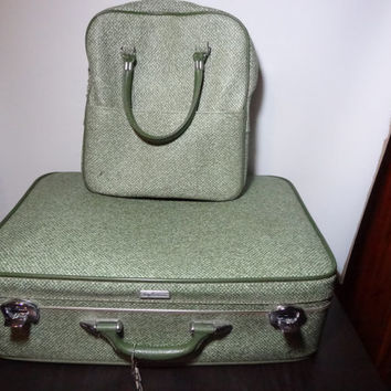 Vintage Lady Baltimore Luggage - Green Faux Tweed Vinyl Hard Back Suit Cases - Set of 2 - 23 inch Suitcase and Overnight Travel Bag with Key