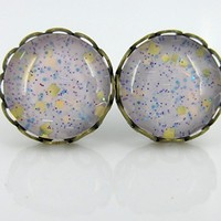 Antiqued Gold-tone Lavender Purple Glitter Glass Stud Earrings Hand-painted 10mm