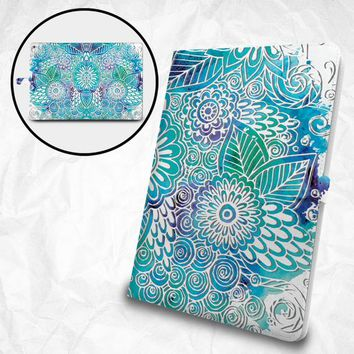 """Floral pattern flip case with personalized monogram for Apple iPad Pro 12.9"""" iPad Pro 11"""" iPad Pro 10.5"""" iPad 9.7"""" iPad Air iPad Mini"""