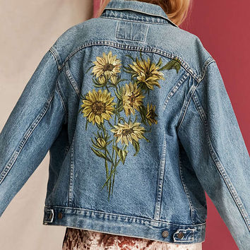 0508a7b2797 UO Design X Urban Renewal Vintage Floral Painted Denim Jacket - Urban  Outfitters