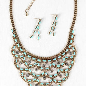 Scallop Bib Necklace