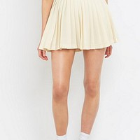 UO Exclusive Fila Gabriela Ivory Tennis Skirt - Urban Outfitters