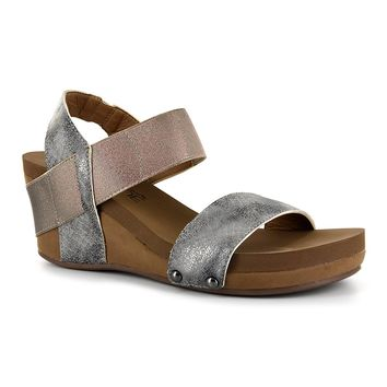"Corky's Wedge ""Bandit"" in Pewter"