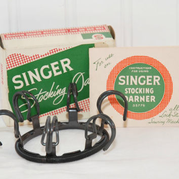 Vintage Singer Stocking Darner No. 35776 (c. 1953) For Lock Stitch Sewing Machines Mend Stockings & Socks, Singer Manufacturing Company