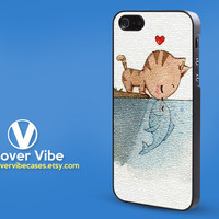 Animals, Cat and Fish, kiss, Cute,  iphone case, iPhone 5 case in Hard Plastic or Soft Rubber Case for the iPhone