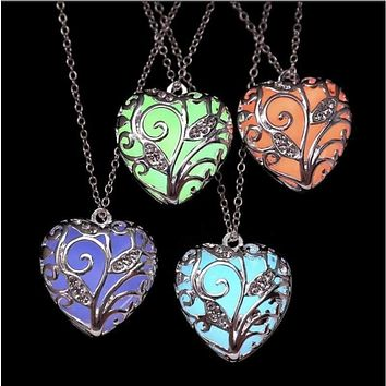 Shellhard Glow in the Dark Pendant Locket Love Heart Necklace