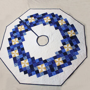 Christmas Tree Skirt Blue and White with Gold Pinwheels