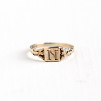 "Vintage Art Deco 10k Yellow Gold Letter ""N"" Signet Baby Ring - 1920s Size 1/3 Initial Monogrammed Personalized Midi Knuckle Fine Jewelry"